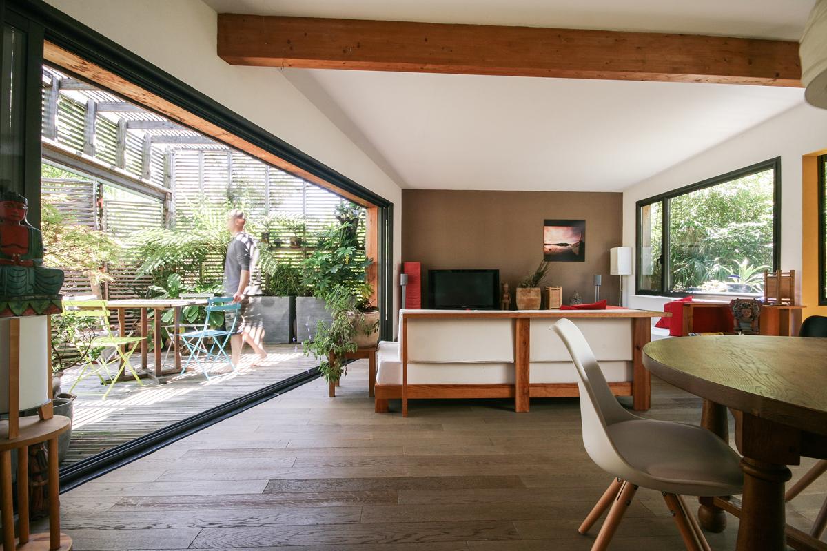 tilt architecte toulouse la mais 39 ombri re. Black Bedroom Furniture Sets. Home Design Ideas